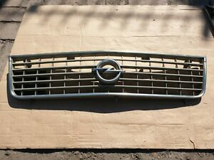 Opel Ascona B front grille