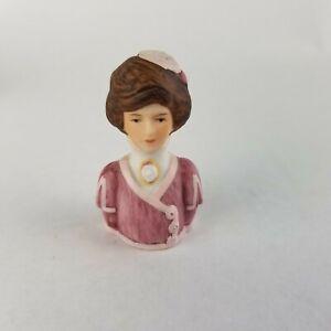 Avon American Fashion Silhouettes Ceramic Porcelain Thimble 1900 Vintage