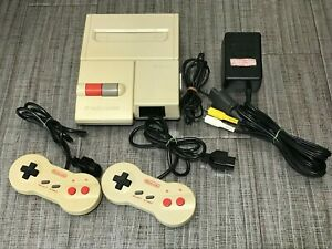 """"""" Nintendo """" New Famicom AV Console 2 Controller Set HVC-101 FC NES"""