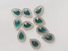 Verde azulado claro cose en Joya Gema De Cristal Estrás Adorno del grano 18 mm