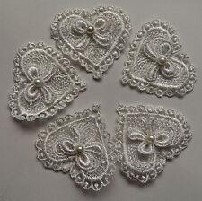 5 mignon dentelle nœud blanc Coeur Perle Applique Patch Sewing Craft Trim robe motif