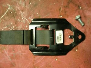 (1) 06-12 Chevy Colorado Rear Seat Back Pad: Mounting Bracket Left/Right ext cab