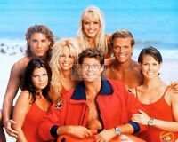"""BAYWATCH"" CAST FROM THE TV SHOW PAMELA ANDERSON - 8X10 PUBLICITY PHOTO (CC979)"