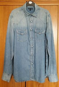GAP Men's denim cotton shirt size Medium classic fit faded look shirt
