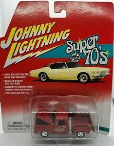 Johnny Lightning Super 70's 1978 Dodge LI'L Red Express 1:64