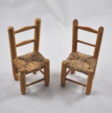 2 Stühle Puppenhaus / Puppenstube (Holz, Binsengeflecht, Rattan) Höhe 18,5cm