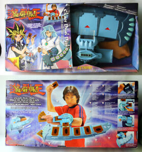 RARE 2004 YU GI OH CHAOS DUEL DISK LAUNCHER ACCESSORY MATTEL NEW NOS !