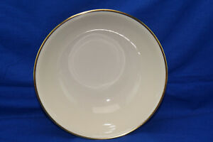 Seltman Johann Cream w/Gold Trim 1550 Round Vegetable Serving Bowl, 9""