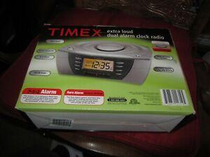 Timex Alarm Clock Radio T438T Multi Directional Sound Chamber- NEW -