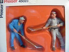 1/22,5 Preiser Miniaturfiguren Bauarbeiter 45023