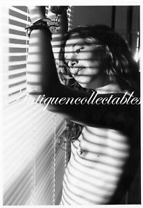 Darkroom Produced 7x5 Real Photograph Sexy Risque Glamour Model D74
