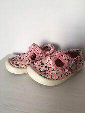 Clarks Doodles Shoes / Size 5.5G