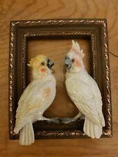 BNWT PARROT COCKATOO BIRD FRAME WALL HANGING HOME DECOR ORNAMENT