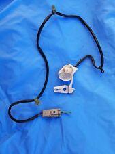 DC 94-01 Acura Integra Right Passenger Door Power Lock Wire Plastic Bracket