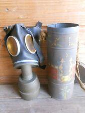 Masque a gaz et boitier décoré art de tranchée   ww2