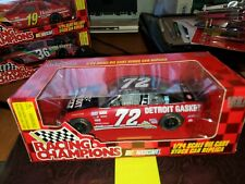RACING CHAMPIONS NASCAR #72 Detroit Gasket 1:24 Die-Cast MIB Mike Dillon 1997