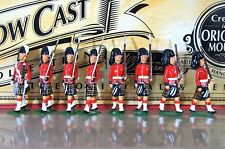 BRITAINS 40190 CAMERON HIGHLANDERS MARCHING with OFFICER HOLLOW CAST MIB ne
