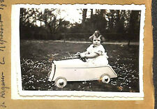 JOUET TOY PHOTO AUTO A PEDALES PEDALS CAR 1937