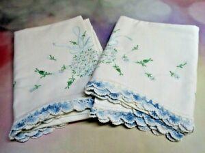 Vtg Embroidered Pillowcases Pair 20½x28 Blue Flower Bouquet, Crochet Edge