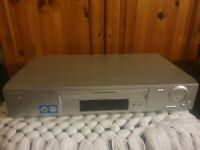 Sony Video Cassette Recorder / Sony VCR SLV-SE720G  Spares or Repair VHS Video