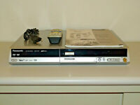 Panasonic DMR-EH52 DVD-Recorder / 80GB HDD, Silber, inkl. FB&BDA, 2J. Garantie
