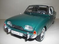 1:18 FORD TAUNUS 17 M P3 REVELL Badewanne Modell Auto Grün Weiß Bicolor Diecast