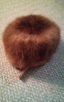 000 VIntage Women's Amy New York Brown Fur Hat Nice