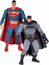 DC Collectibles The Dark Knight Returns 30th Anniversary Superman Batman 2