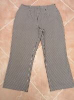 St Michael @ M&S - Black / White Check Cropped Trousers - size 12