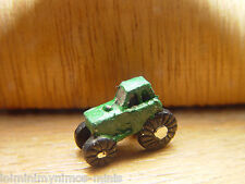 DOLL HOUSE SCALE GREEN 'HAND PAINTED' TOY TRACTOR !! BUY NOW & DON'T MISS OUT...
