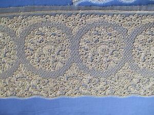 Large dentelle ancienne broderie sur tulle XIXè 1 m x 13,5 cm N°3