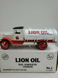 Lion Oil 1931 Hawkeye Tanker Bank 1/34