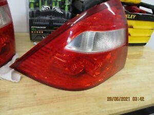 2005 - 2007 FORD FIVE HUNDRED 500 Rear Brake Tail Light Lamp Factory DRIVER SIDE