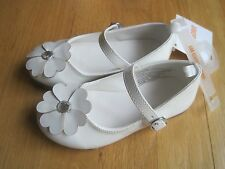 Toddler girl GYMBOREE SHINY WHITE PATENT FLOWER FORMAL DRESS shoes NWT 8