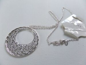 RETRO 70s STYLE LARGE SILVER  FILIGREE SILVER DISC HOOP PENDANT & CHAIN 78CM new