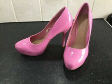 Beautiful candy pink heels size 6 never worn  from shoe box