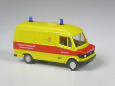 Top: Wiking modello pubblicitari Mercedes 207 d protezione civile Eschborn