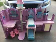 RARE BARBIE SWAN LAKE  MUSICAL FANTASY LIGHTED CASTLE BARBIE DOLL HOUSE