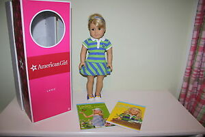 American Girl of the Year Lanie 2010 Doll Book Set GOTY Box Meet Outfit