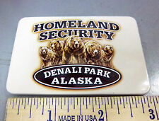 Alaska Magnet tinplate Denali National Park Homeland security - Grizzlies Magnet