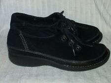 Women's Genuine Leather Shoes by Clarks Artisan - Worn Mildly - Sz 9 1/2 M