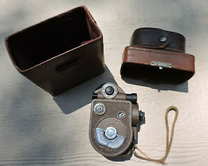 Vintage Revere Model 88 Camera 8mm Wind Up Video Camera