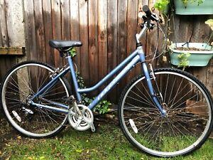 """Ladies Ridgeback Motion Hybrid Bike 19"""" frame"""