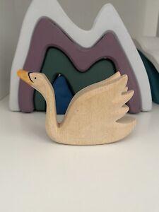 Ostheimer Swan Figure