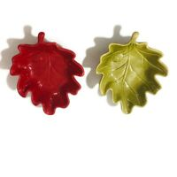 Double Nice Co Leaf Shaped Bowls Red Green Set of 2