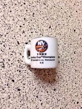 New York Islanders VS Canucks 1982 Stanley Cup Champs Ceramic NHL Mini Mug New