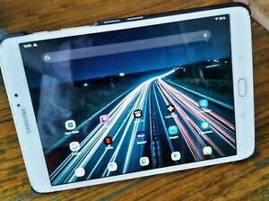 "Tablette Samsung Galaxy Tab S2 8""/ OLED/ 3Go RAM/ 32Go Stockage/ Android 10"