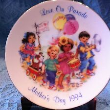 "Nos Avon 1994 Porcelain Mother'S Day Plate Collection ""Love On Parade"""