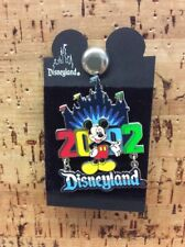 DISNEYLAND 2002 MICKEY MOUSE CASTLE FLAGS PIN NEW B-3