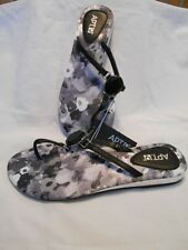 Apt 9 Flat (0 to 1/2 in) Size S (5/6M) Black Strapped Sandals SR $20 NEW